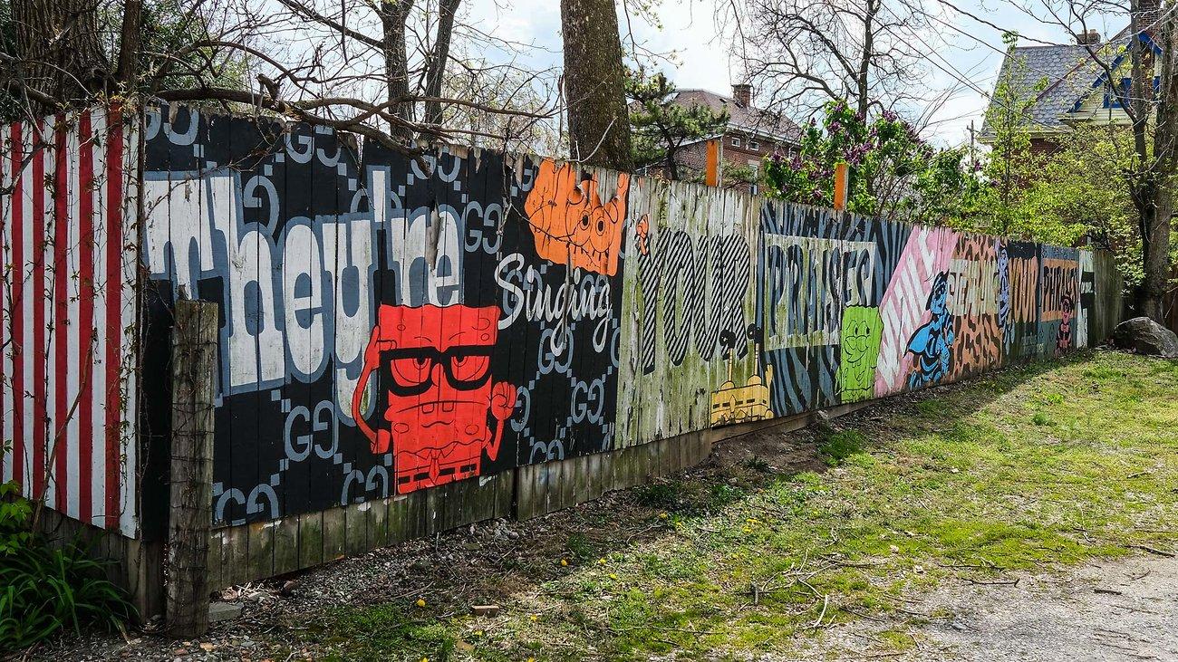 04-25-2020_X100V_cbus_murals_DSCF8107.jpg