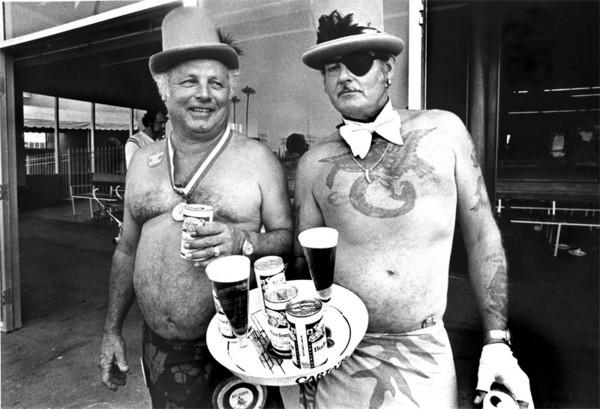 2-Guys-5-Beers-HP-M.jpg