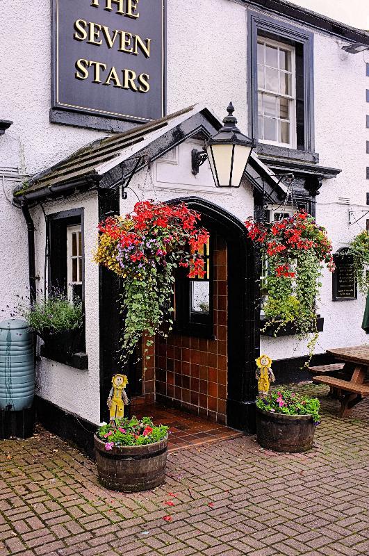 389_Wirral_UK_Pub.jpg