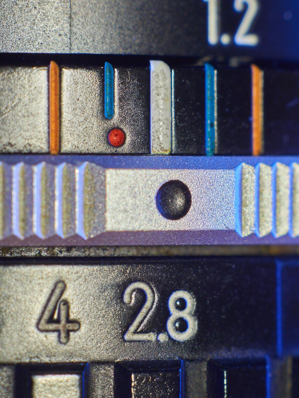 42.8.jpg