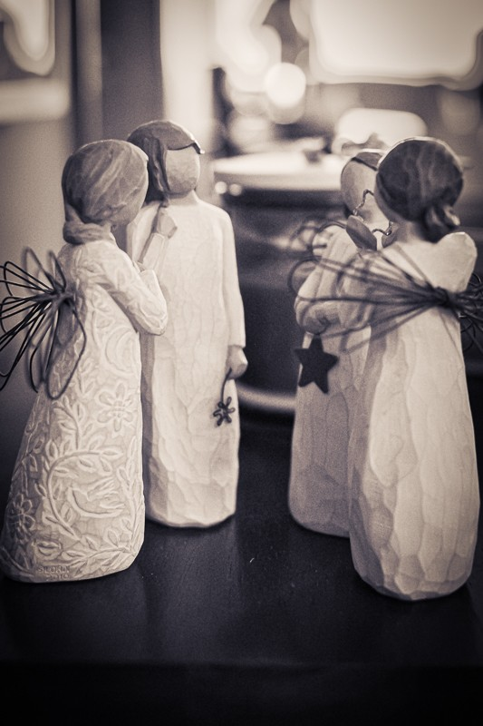 Angels Statues (1 of 1).jpg