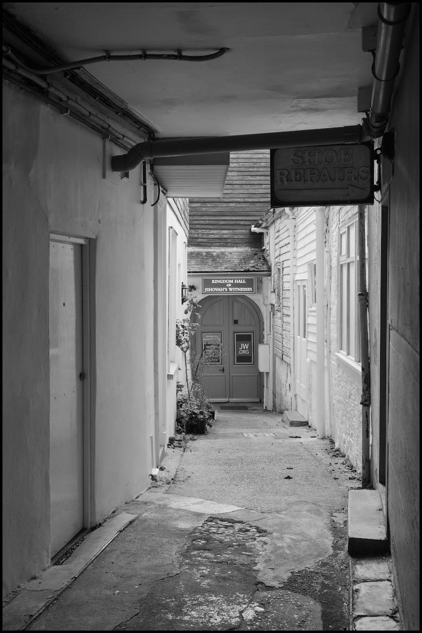 Back alley DSCF6306.jpg