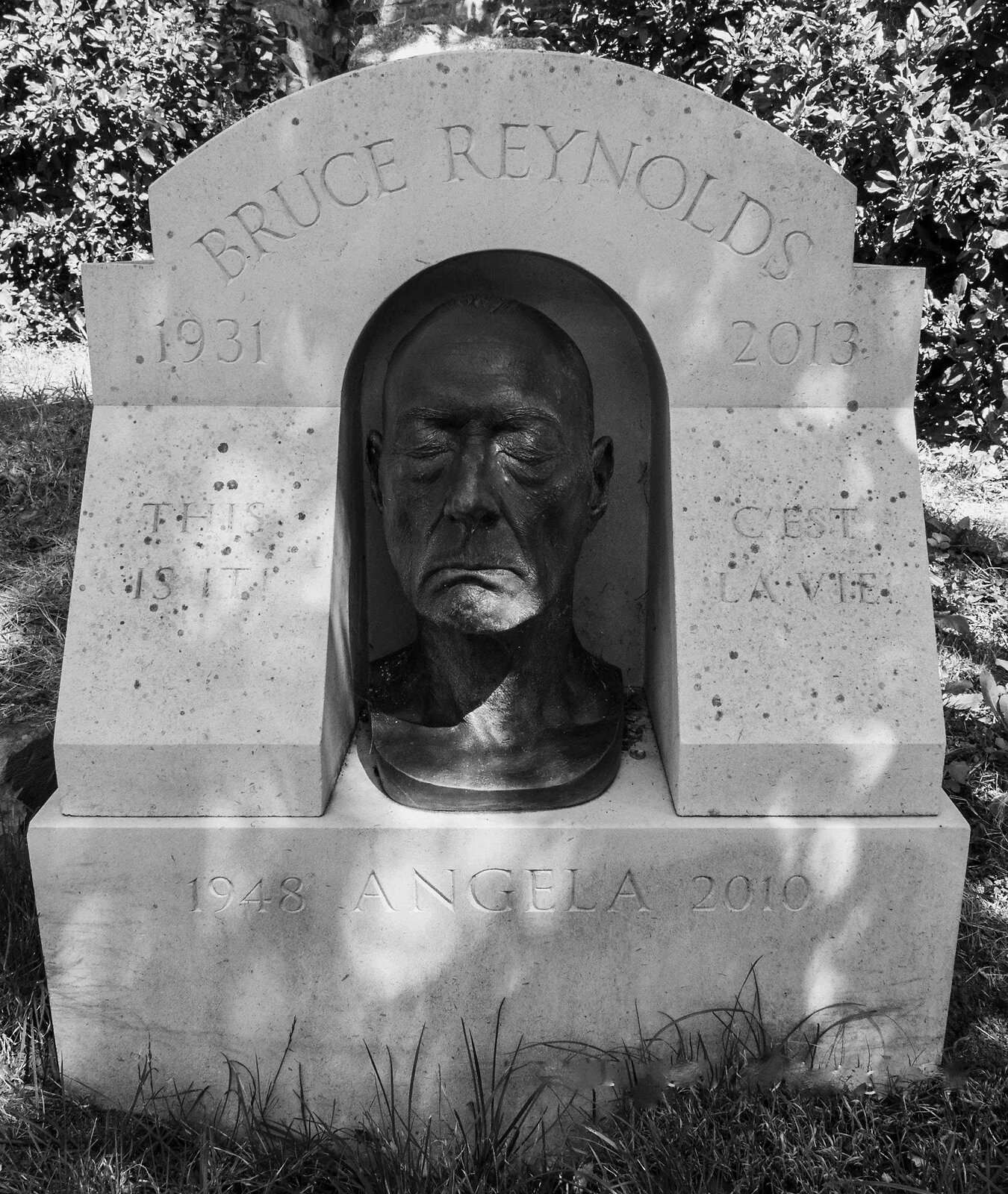 Bruce Reynolds.jpg
