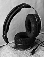 Bw_Headphone_Shure_Srh1540_01_s.jpg