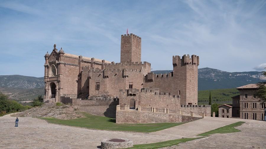 Castle_of_Javier.jpg