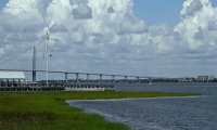 Charleston_Harbor08_s.jpg