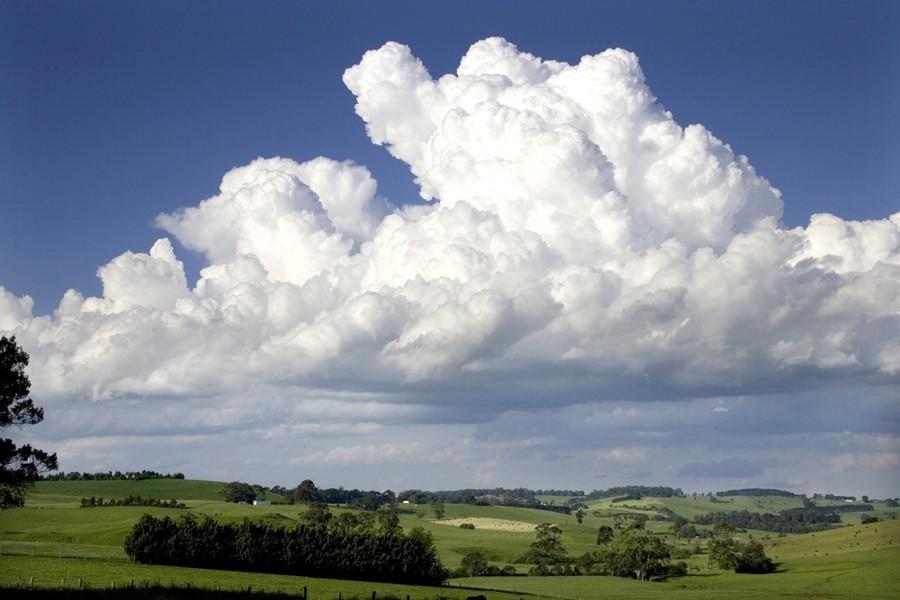 Clouds_over_Korumburra.jpg
