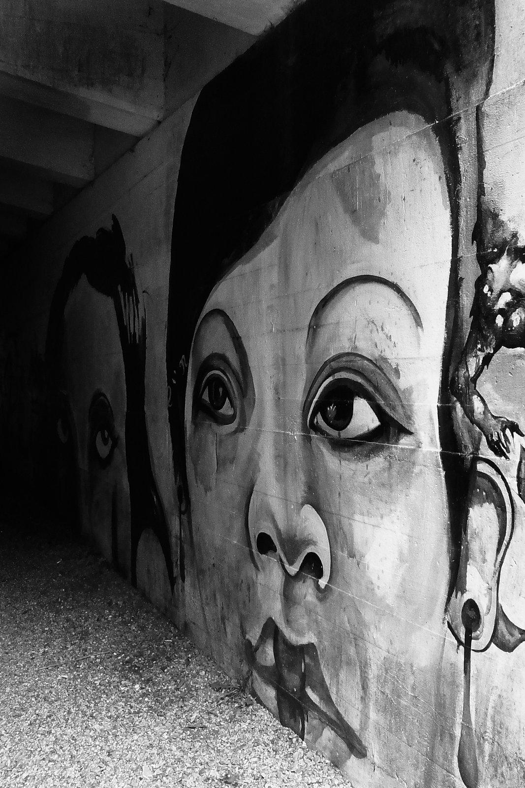 Deepcut Graffiti 1.jpg