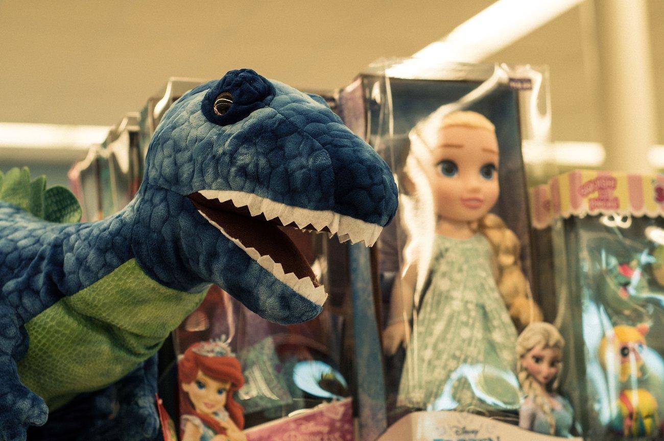 Dino+Doll_KodakchMem.jpg