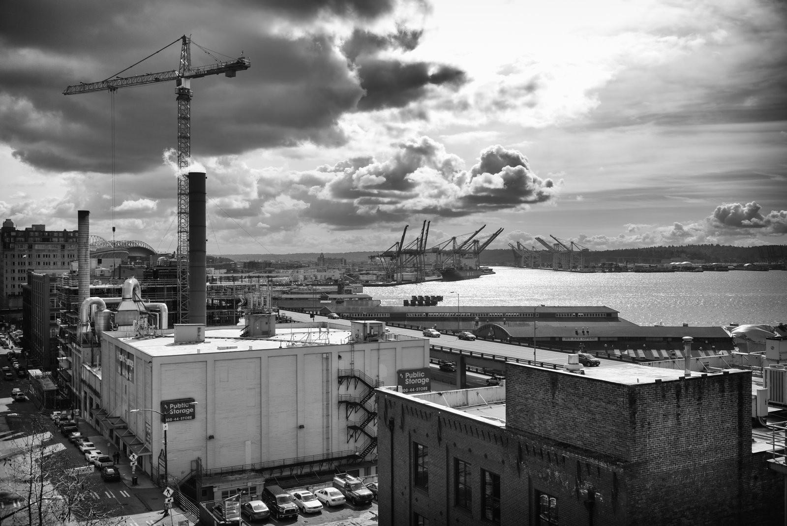 Downtown Seattle Waterfront.jpg