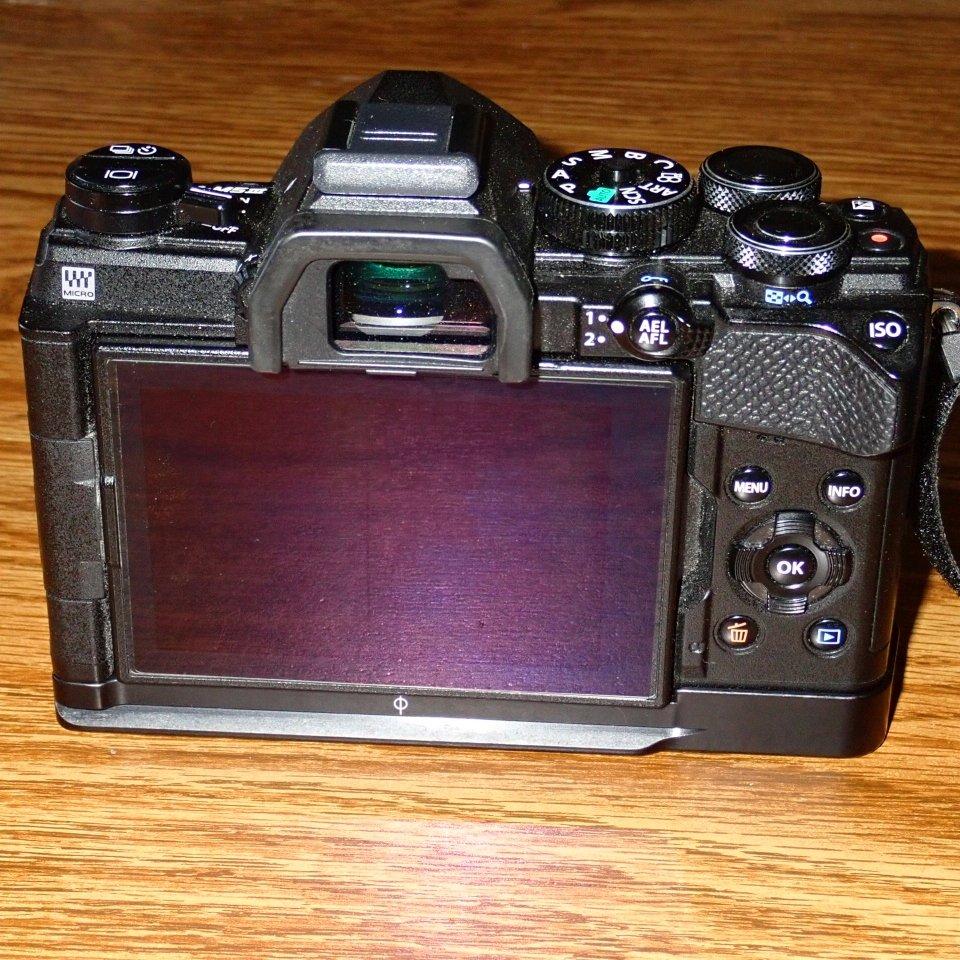 E-M5Mk3rear.jpg