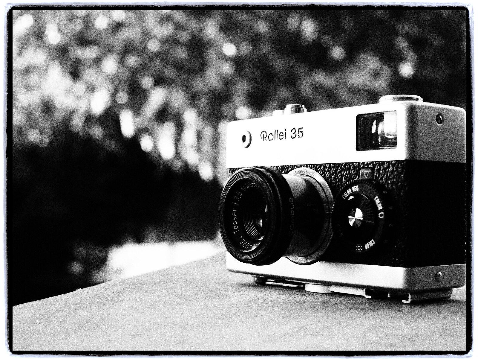 EP3_July21_Rollei35_f5.6(GrainyFilm).jpg