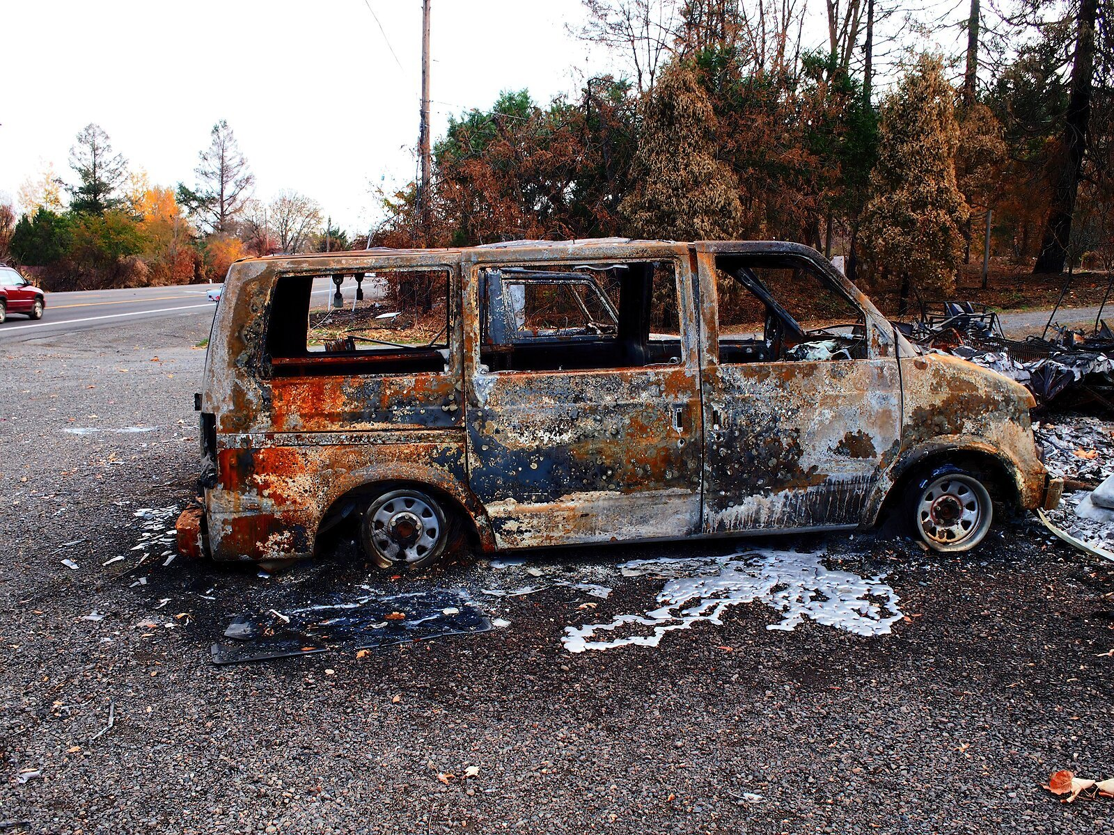 EP3_Nov10_Burned_vehicles#3.jpg