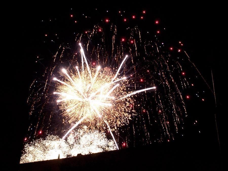 fireworks2.jpg