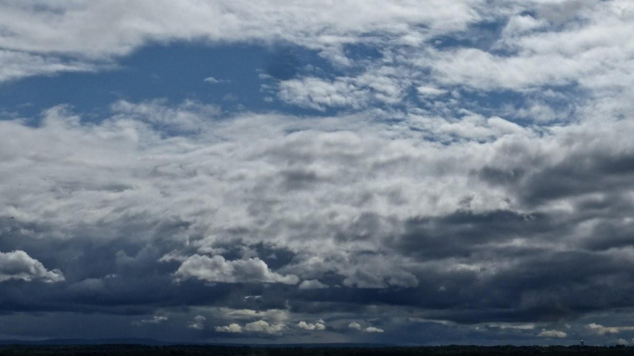 FZ200 Oakwood epic skies 016-001 copy.jpg