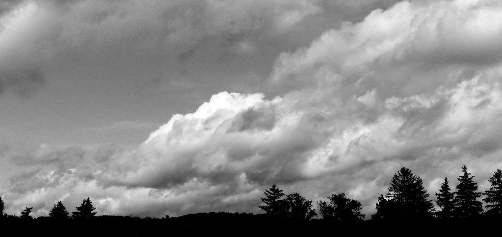 FZ200_clouds_001_DxO_DxO-1_Medium_.jpg
