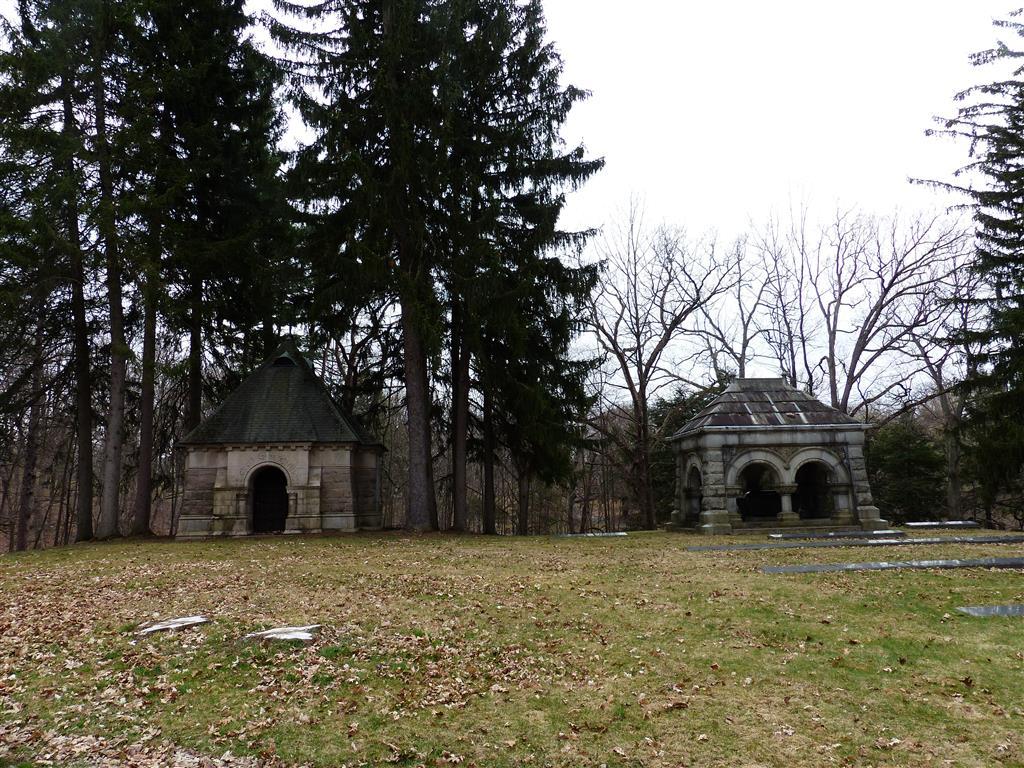 FZ200_Oakwood_cemetery_011_Medium_.JPG