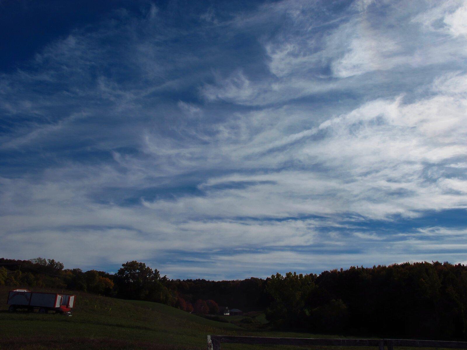 G12 skies Frear Park leaves 015 B.jpg