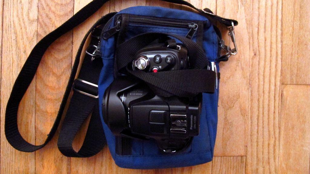 G12_camera_bag_002-001_Medium_.JPG