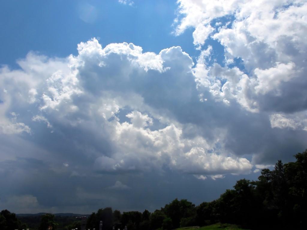 G12_Cemetery_clouds_013_DxO-001_Medium_.jpg