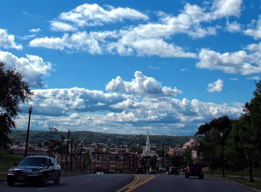 G12_clouds_Oakwood_cemetery_001-002_Medium_.jpg