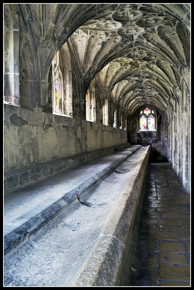 Glos_Cathedral_2.jpg