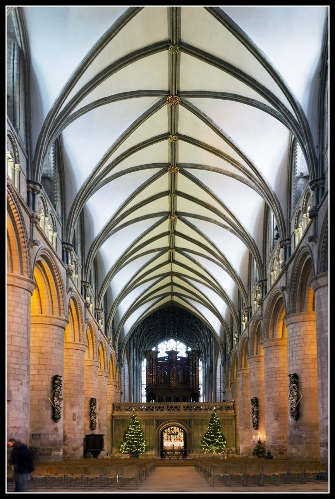Glos_Cathedral_8.jpg