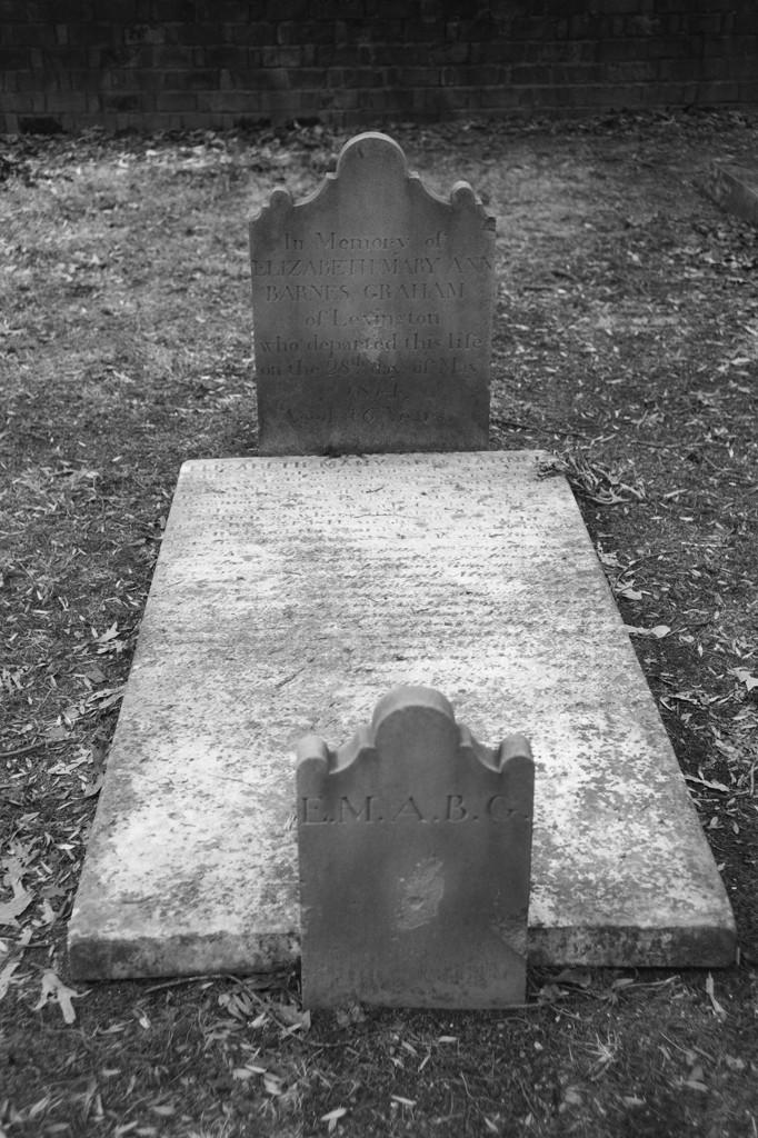 Grave_J12_f28.jpg