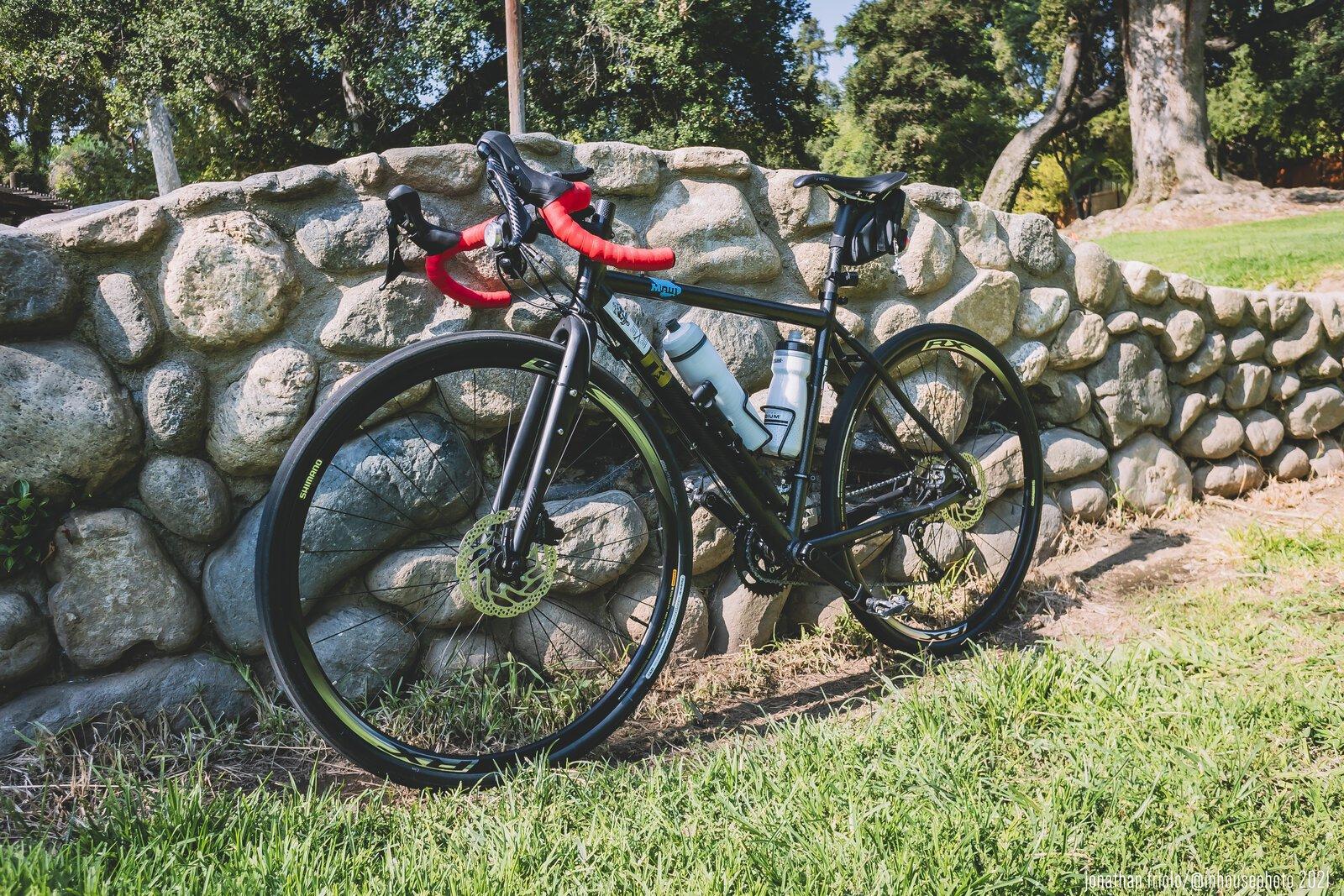 gravel_bike.jpg