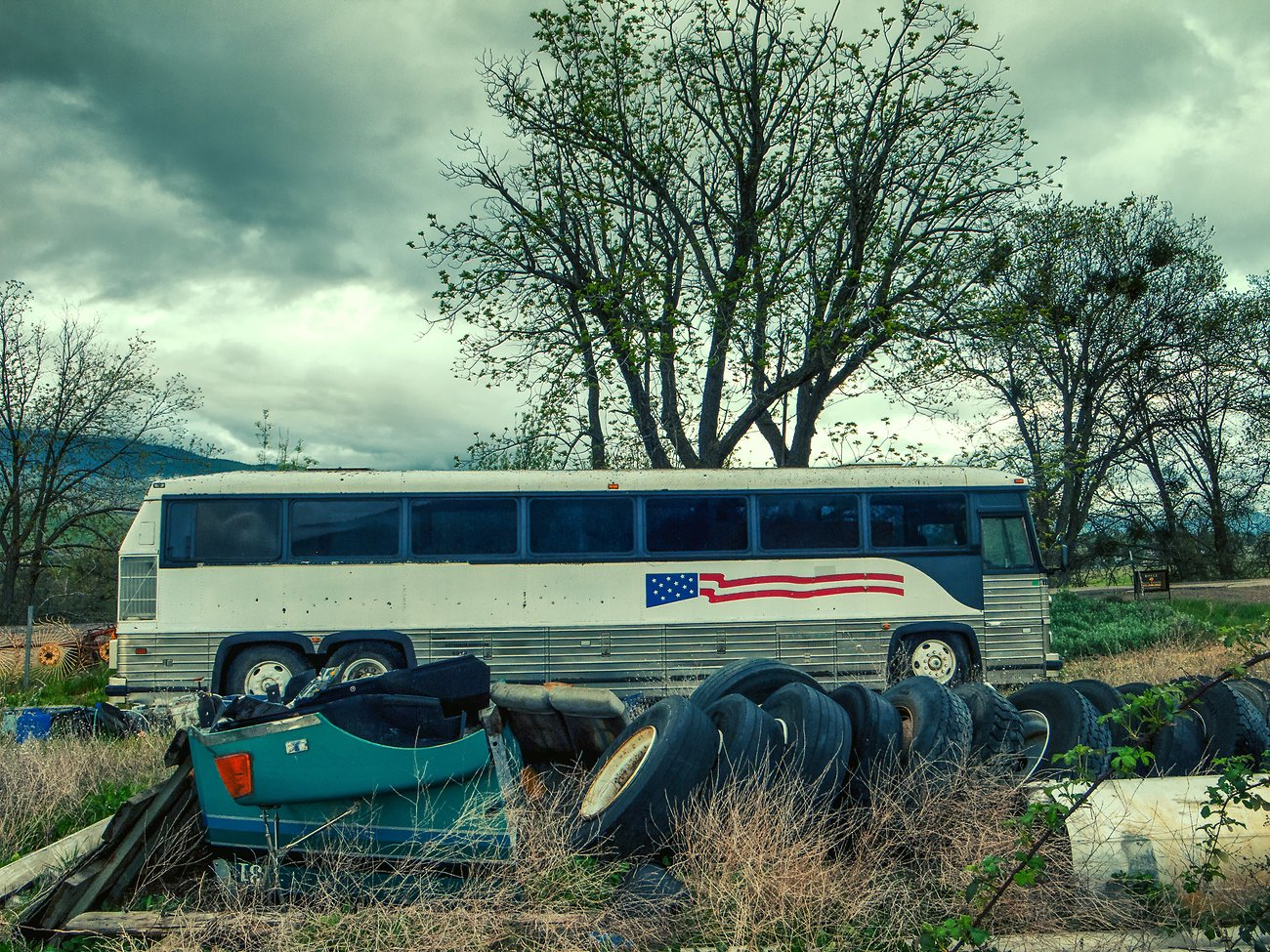 GRD_Abandoned_Bus.jpg
