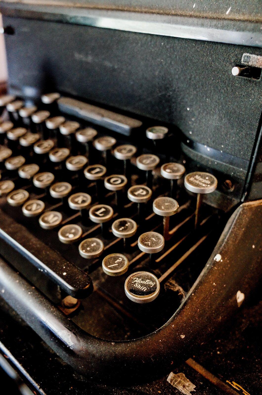 GRII_July19_Typewriter(PosFilm).jpg