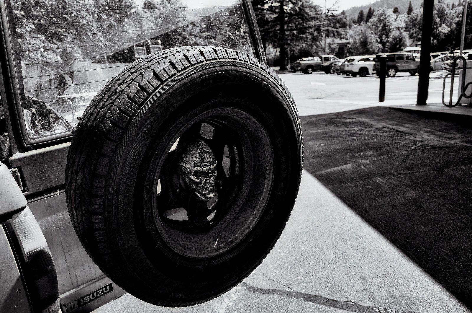 GRII_July6_Isuzu_tire(SilverEfex).jpg