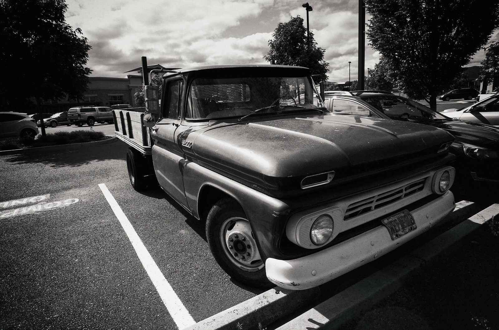 GRII_May22_Chevy_flatbed_frontend.jpg