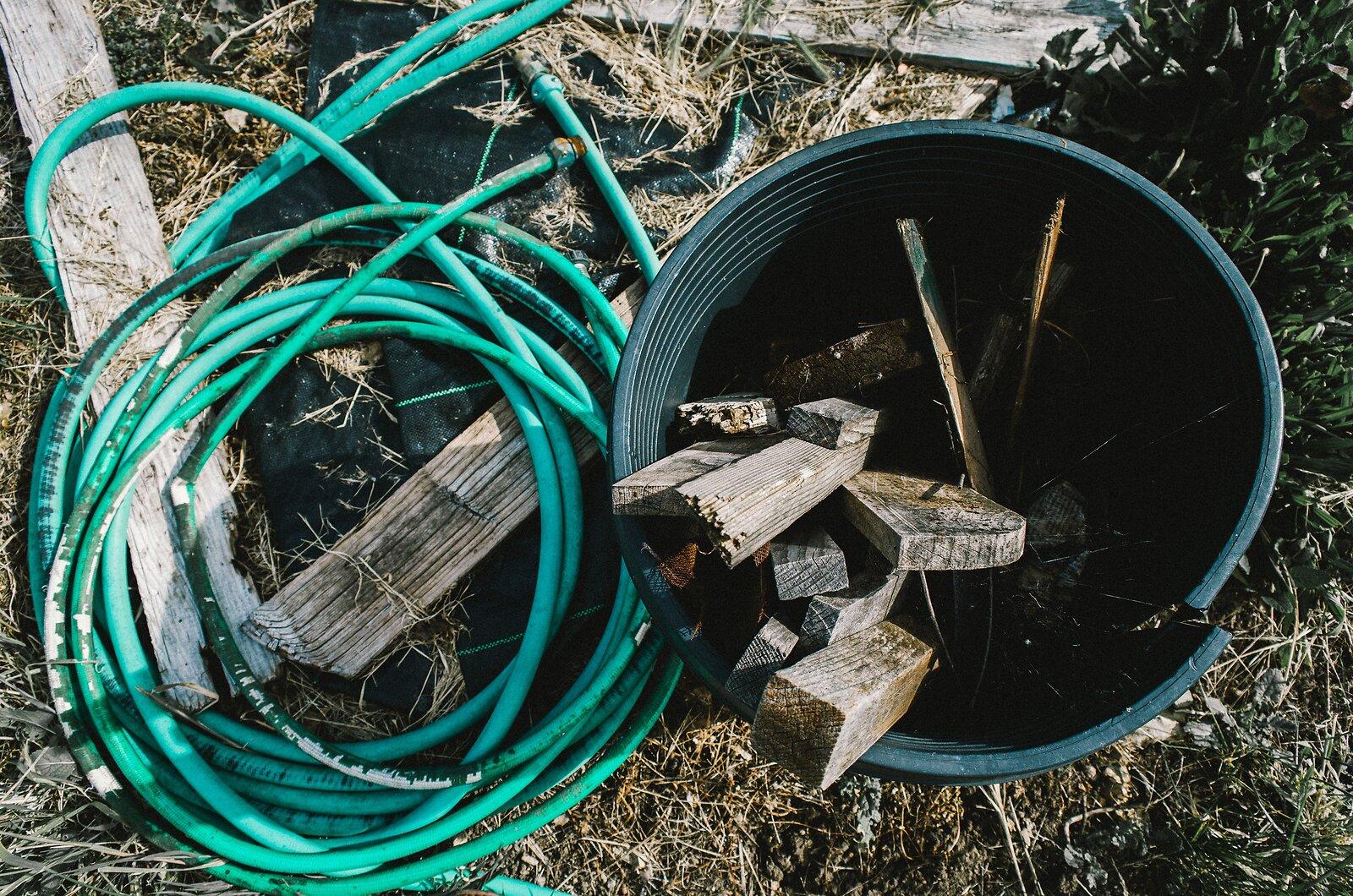 GRII_May25_Hose+bucket(EKportra).jpg