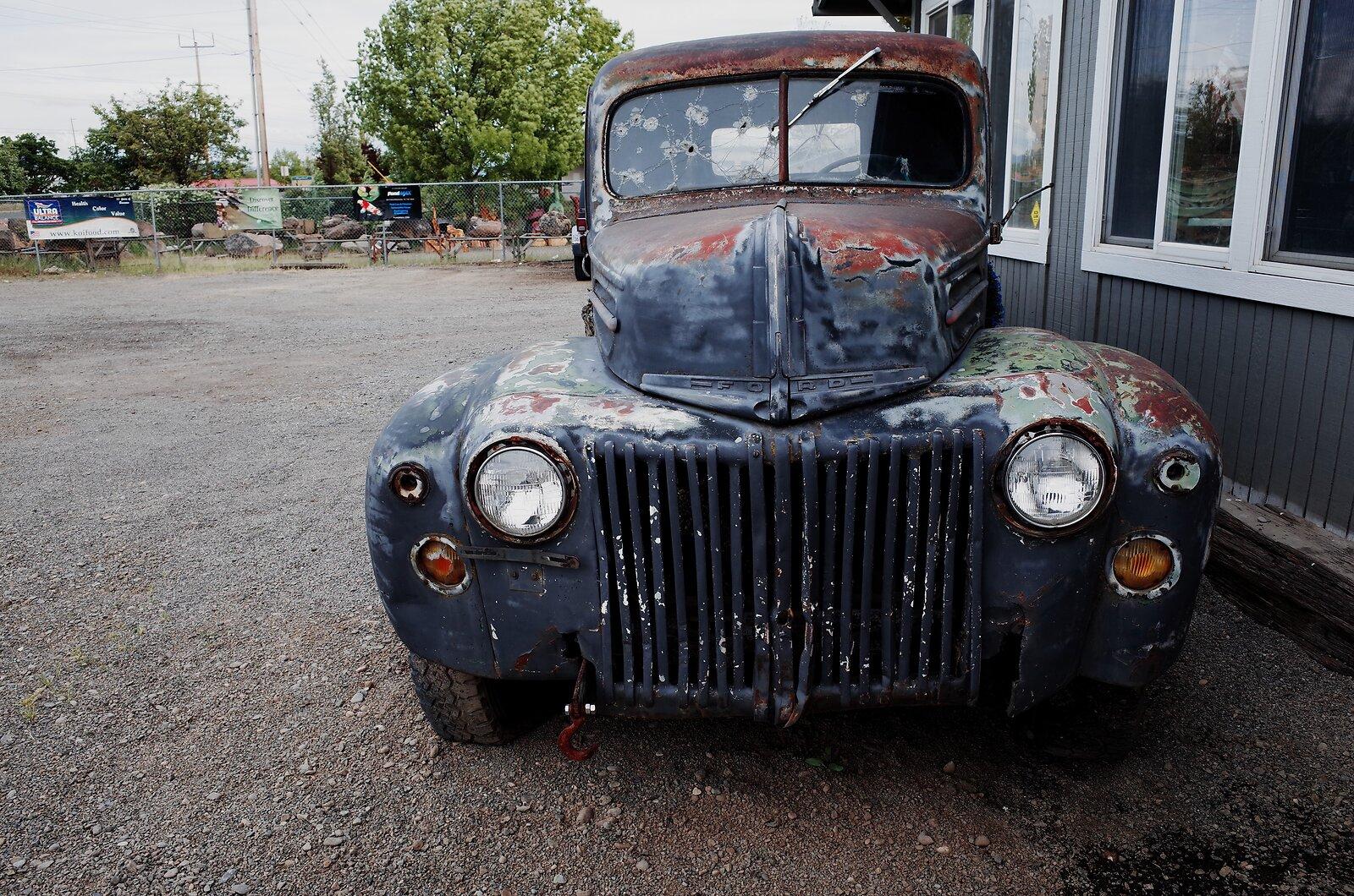 GRII_May5_Ancient_Ford_pickup#1.jpg