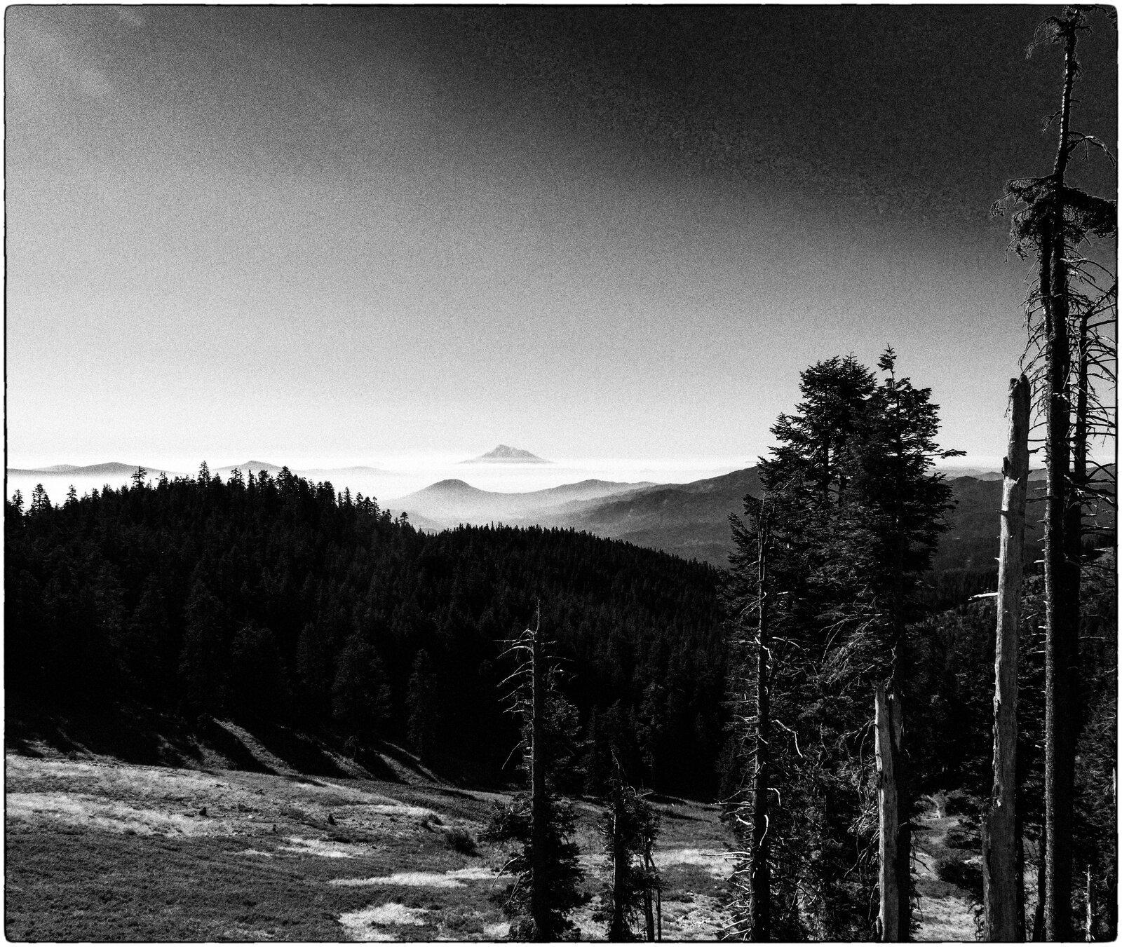 GX9_Aug31_21_Mt_Shasta-wildfire_smoke.jpg