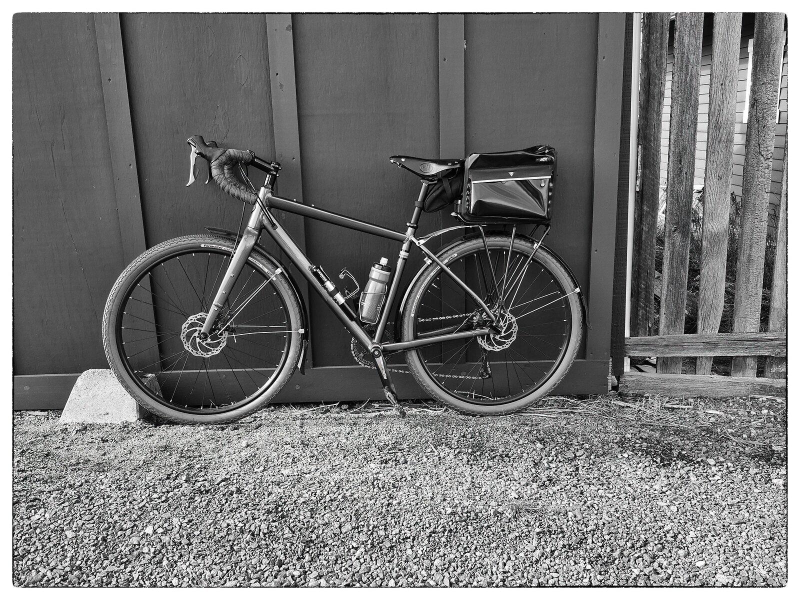 GX9_Jan29_21_Bicycle_by_garage.jpg
