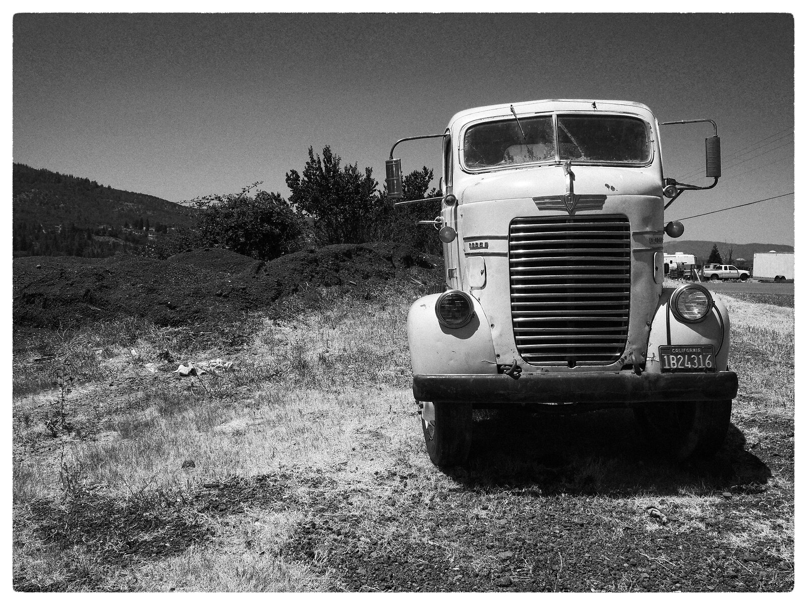 GX9_July6_21_DODGE_truck(l.mono.d).jpg