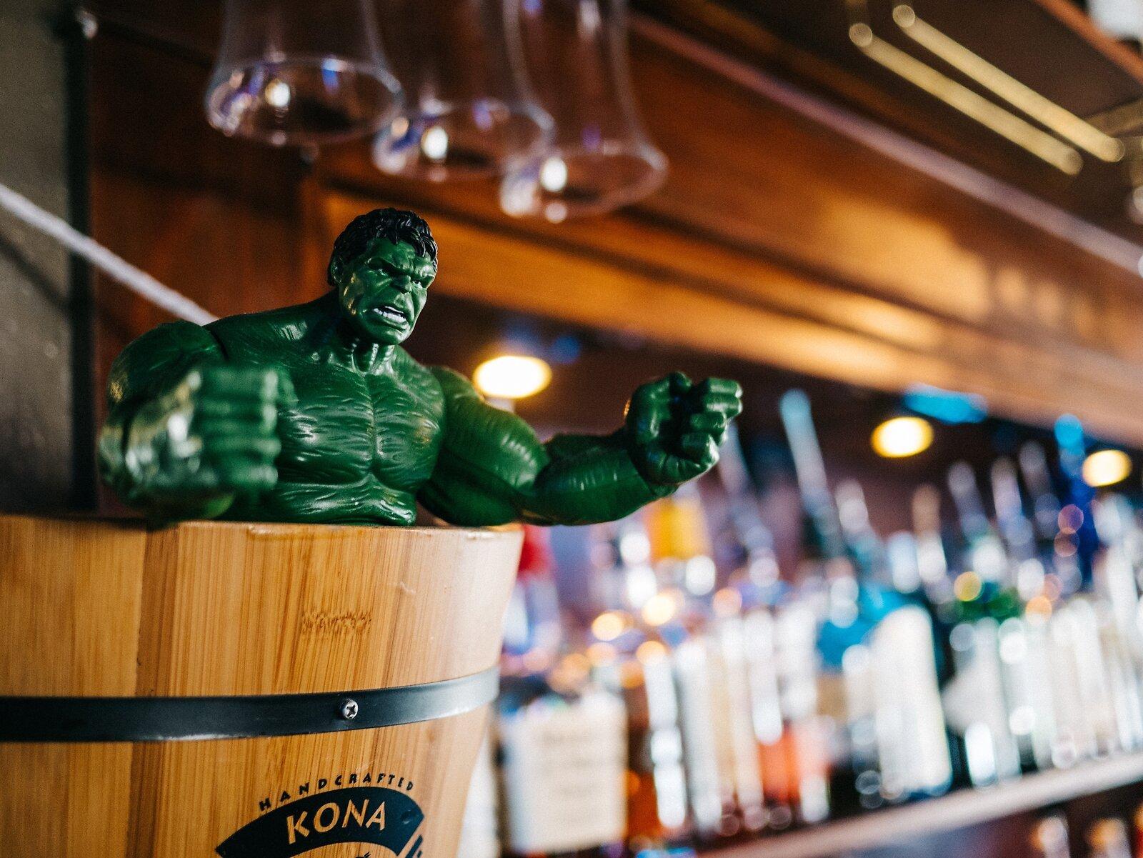 Hulk_In_Bar2-VSCOPortra160Vibrant.jpg