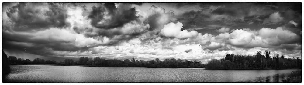 Lakeside_Panorama.jpg