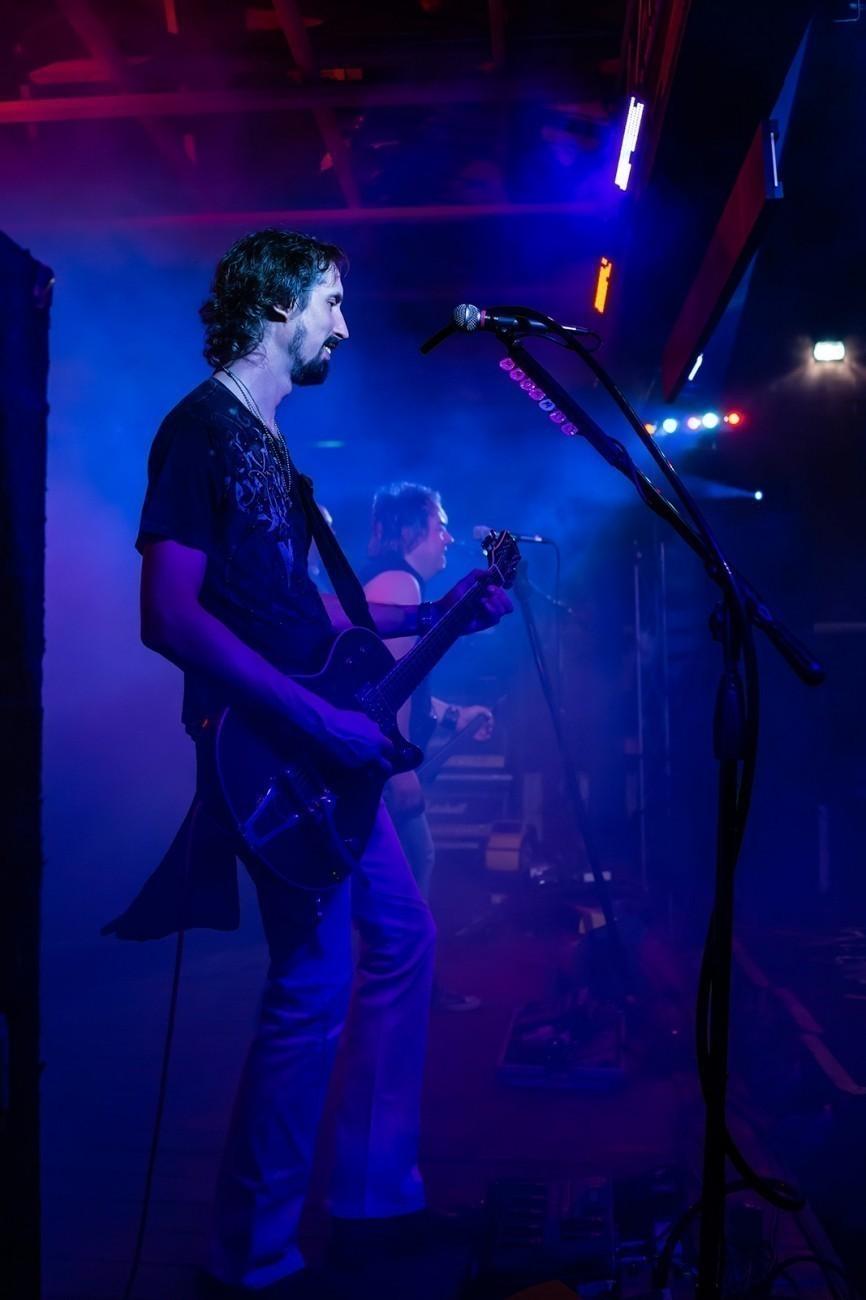 Lead-Guitar-c-JW-1.jpg