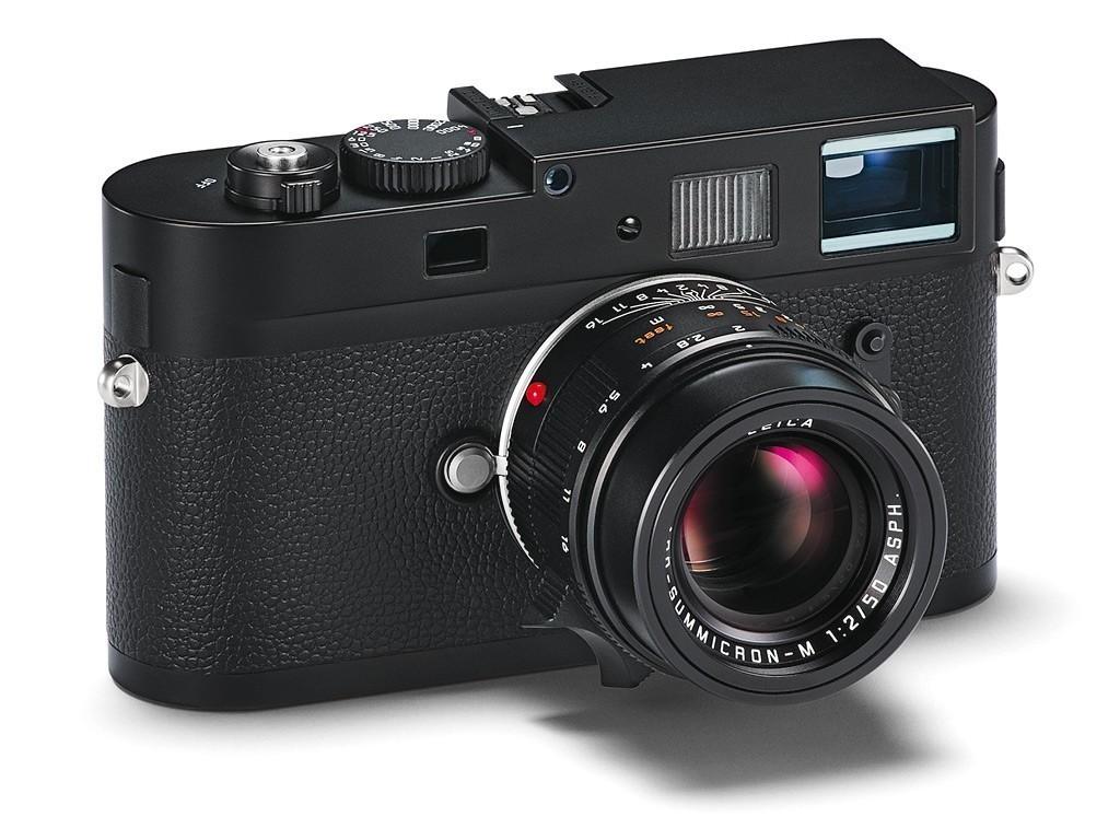 Leica-M-Monochrom_3qtr.jpg