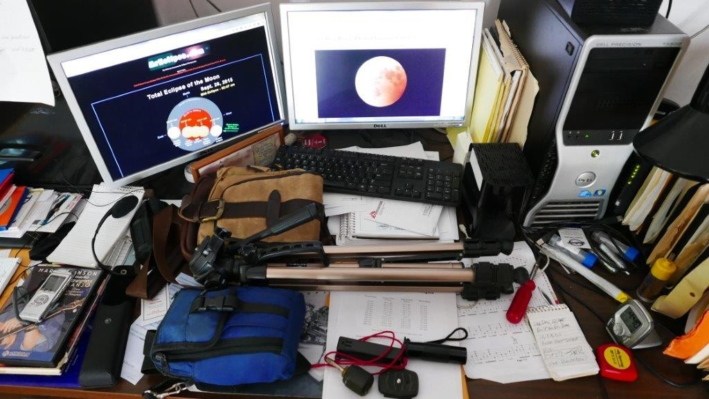 LX100 Blood Moon 012.jpg
