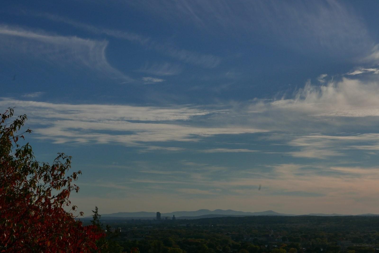 LX100 high wispy clouds 014.JPG