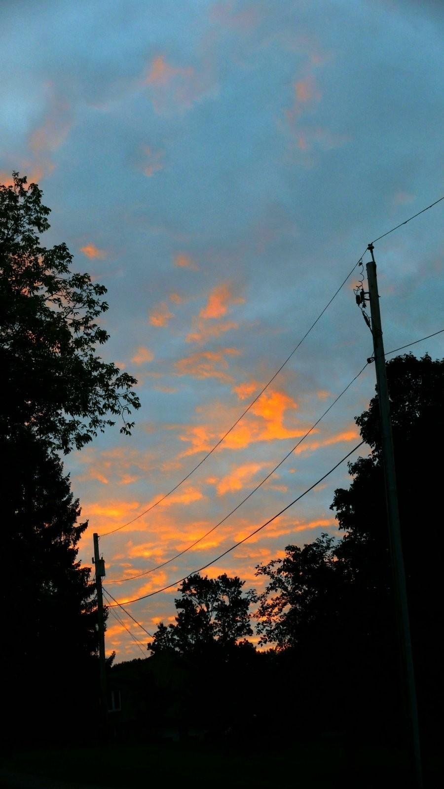LX100 sunrise pickering lane 004-001.JPG
