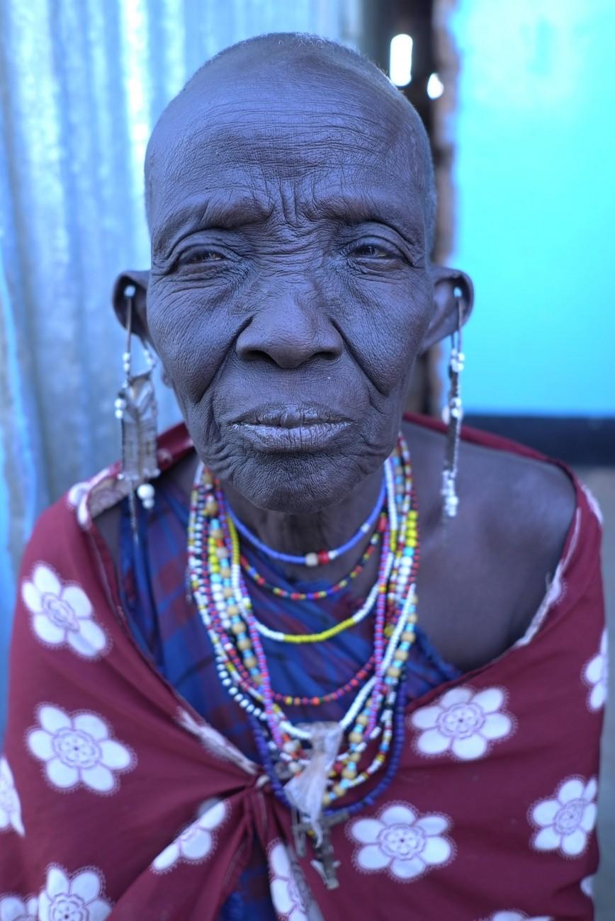 masaii woman 1.jpg