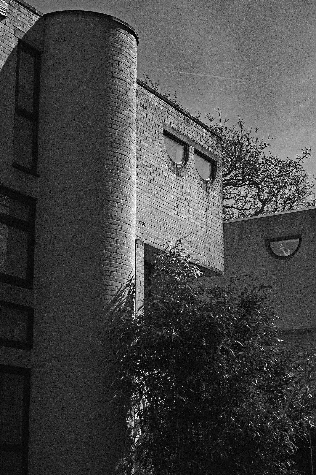Modern building 15-45 at 45.jpg