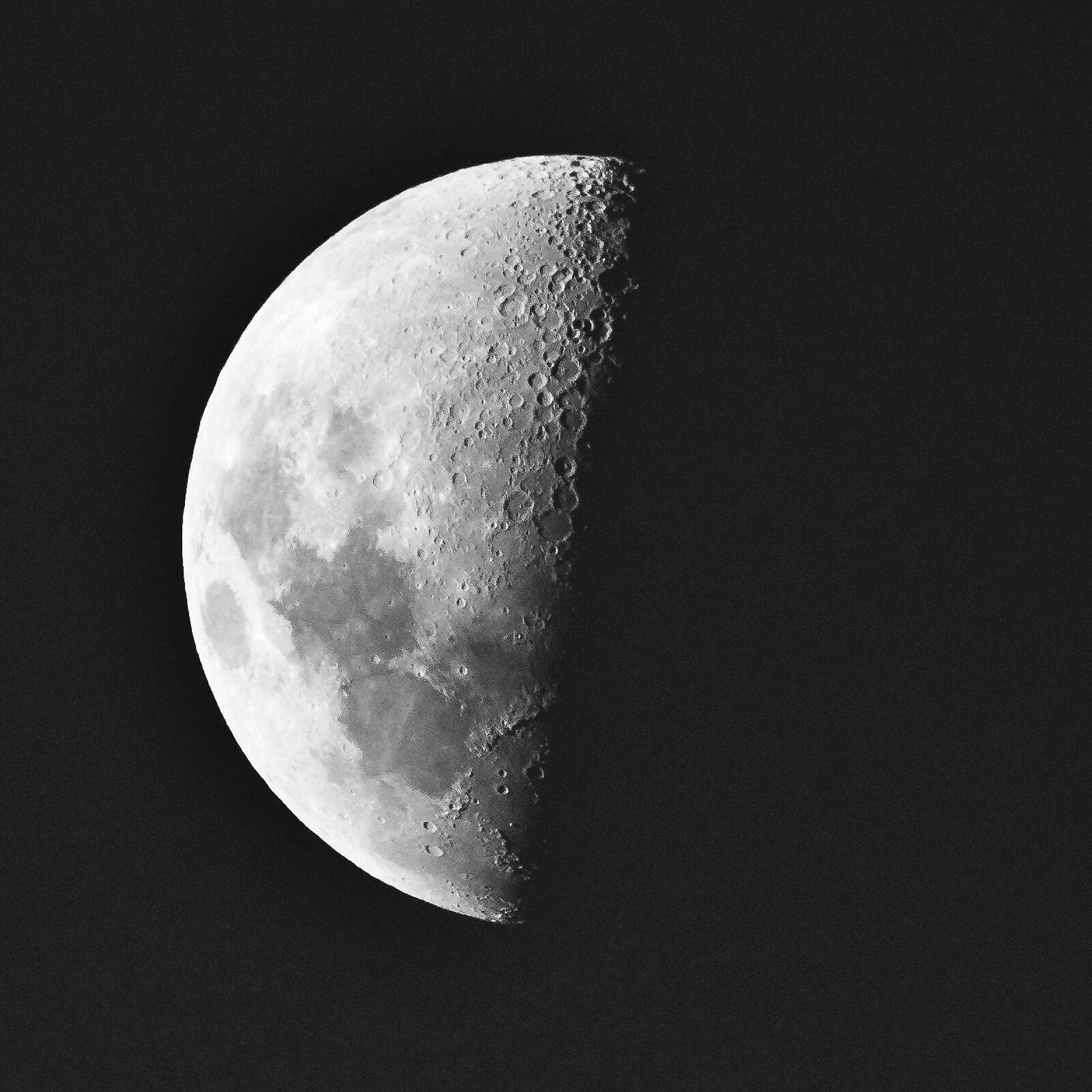 Moon bw.jpg