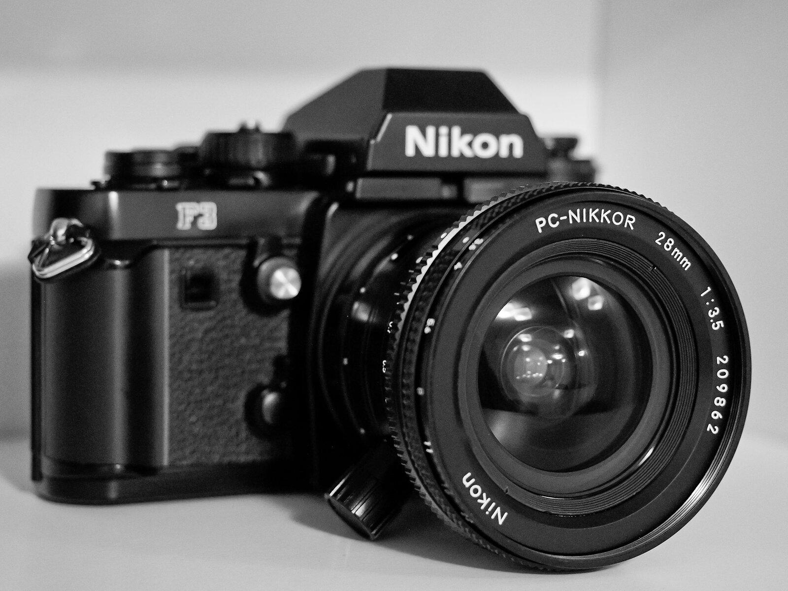 Nikon 28mm 3.5 PC09.jpg