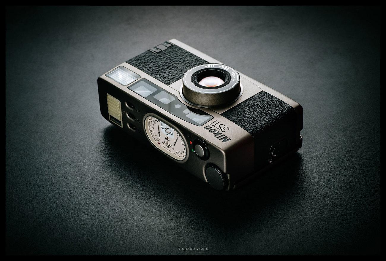 Nikon-35Ti.jpg